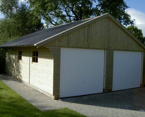 dubbele_houten_garage_houtbouw