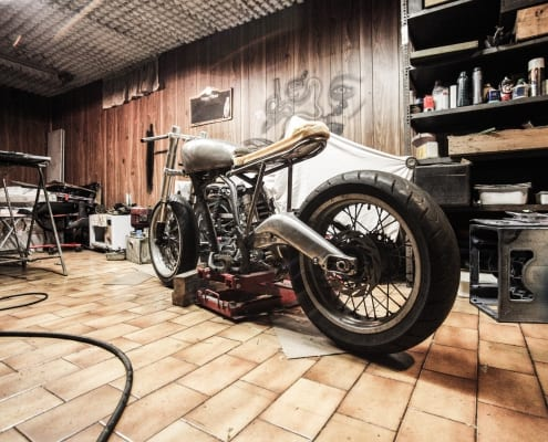 houten_garage_voor_een_moter